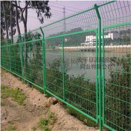 公路護欄網廠家直銷江蘇1.8*3公路護欄網防護網