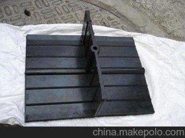 钢板止水带生产厂家     遇水膨胀橡胶止水带多少钱  中埋式止水带安装
