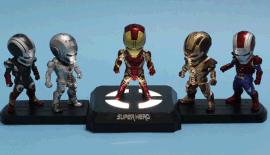 台视复仇者联盟公仔可发光玩具配件手办公仔感应开关底座灯钢铁侠