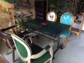 工业风复古做旧实木餐桌椅 主题餐厅铁艺桌子 可定制图案