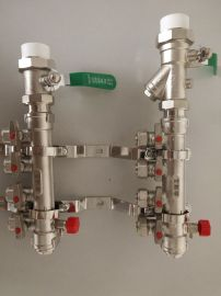 高品质地暖分水器厂家批发 大体铜镀镍分水器