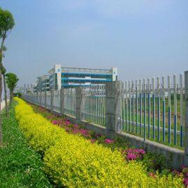 甘肃武威锌钢护栏的安装  拉瑞斯18993135962