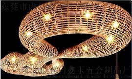 東莞廠家定做高級會所異形藤編燈