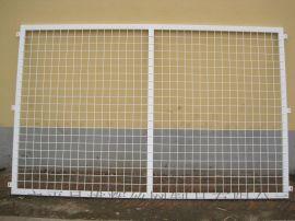 生产定做高速公路护栏隔离栏杆铁路钢丝网栏杆浸塑隔离栅