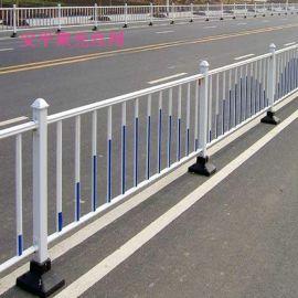 道路隔离栏@蓝白城市道路防护隔离