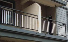 别墅区锌钢阳台护栏广东厂家生产  广东锌钢阳台护栏的特点