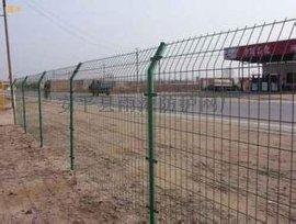 公路护栏网浸塑双边丝护栏网上海公园隔离护栏网三角折弯护栏网