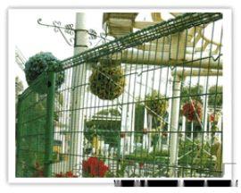 双赫厂家供应百色1.8米高绿色花园栅栏网