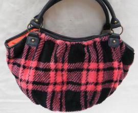 新款 珊瑚绒单肩包 暖手手提包 外贸出口 厂家批发订制