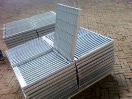 瑞辰丝网镀锌钢格板 厂家直销
