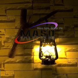 瑪斯歐推薦自主研發樹枝懸掛煤油燈復古風格美式鄉村壁燈MS-W9003 樹脂材質懷舊復古煤油電線兩用光源 煤油壁燈
