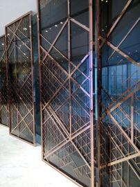 不锈钢玻璃屏风 不锈钢玻璃隔断 不锈钢玻璃花格 不锈钢屏风
