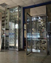 不锈钢玻璃展示酒柜定制,上海厂家直销恒温酒柜,钛金酒柜