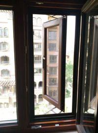 貝科利爾110系列高端定制鋁包木內開外帶金鋼網系統門窗