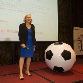 廠家直銷新款充氣空飄球足球飄空氣球加厚PVC