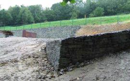 供应包塑重型六角网格宾石笼网规格