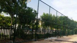 体育场围网 篮球场围网 球场围网安装步骤