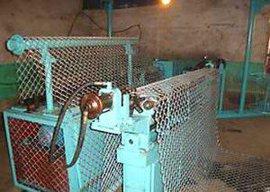 勾花铁丝网机器