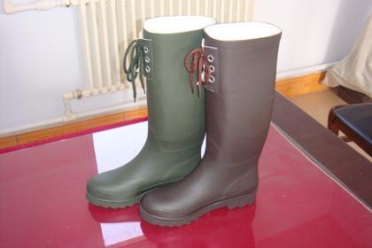 女款橡胶雨鞋销售信息