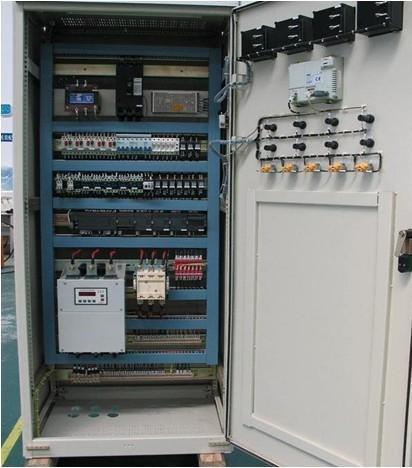 请问PLC控制柜里的动力端子和信号端子如何分布 控制柜的布局如何