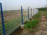 网面折弯的围栏、带加强筋的三角折弯护栏网