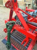 厂家直销 四轮拖拉机带动的花生收获机 花生收割机 振动筛结构