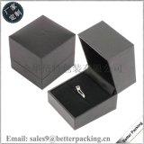 厂家定制高档首饰盒 翻盖戒指盒 方形塑料介指盒 斜开珠宝盒