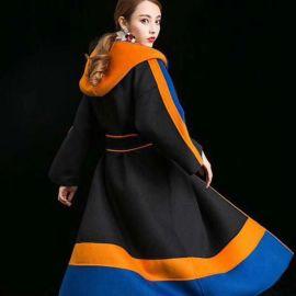 如何开一家羊绒大衣品牌女装折扣店 女装货源好找吗