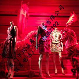 厦门玥诚女士服装店玻璃钢马匹雕塑 服装店橱窗装饰道具