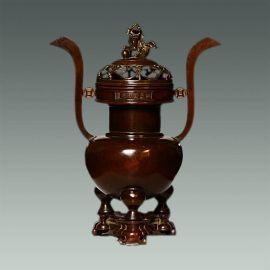 风景秀丽,人杰地灵,是手工艺品云集之地,本厂专业铸造各种红铜香炉,铜