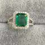 供应1.66克拉18K金祖母绿戒指 ,祖母绿又名绿宝石,是国际5大名贵宝石之一,深受国内珠宝爱好者欢迎