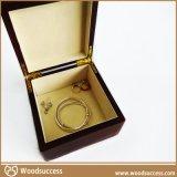 热销的木质环保珠宝盒