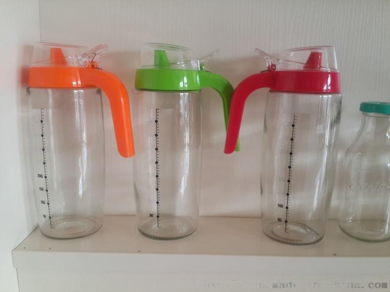 厂家销售胡椒粉玻璃瓶,玻璃油壶,餐桌、厨房玻璃器皿
