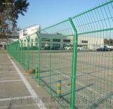 生產定做高速公路護欄網框架護欄網隔離柵