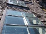 斜屋頂電動天窗