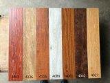 工厂佛山批发防滑耐磨真木纹强化木地板 外贸出口手抓纹浮雕12mm复合地板