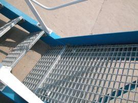 热镀锌踏步钢格栅板,钢格板厂家,楼梯不锈钢水沟盖板