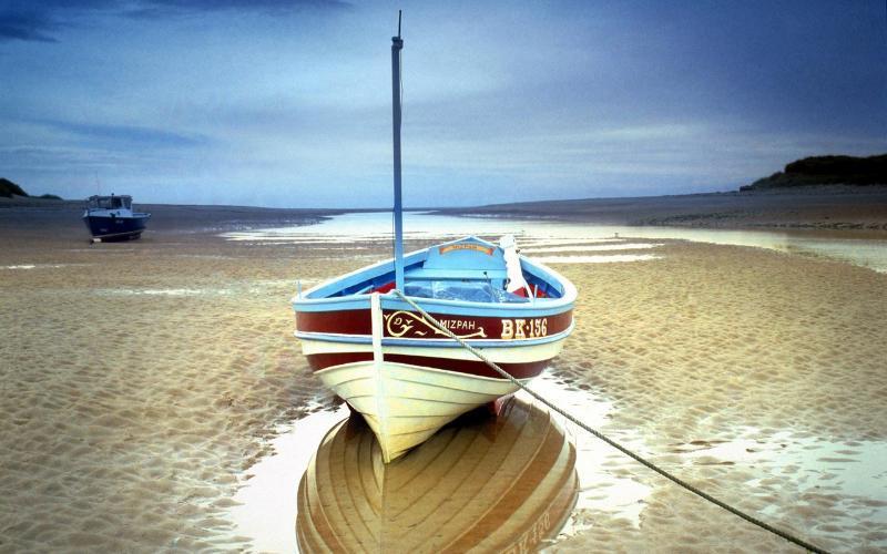 欧式木船厂家直销现货供应 休闲船 手划船 4人座欧式帆船