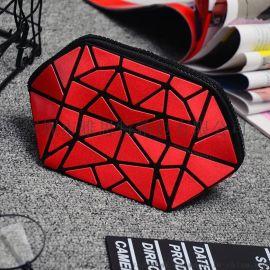 廠家定制菱格化妝包新款折疊化妝包時尚PVC菱格包