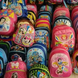 跑江湖地摊中小学生包批发 儿童双肩卡通书包 夜市地摊货源热卖
