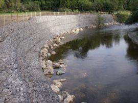 南京河床铺砌双隔板格宾网、河道治理雷诺护垫、水利建设石笼网