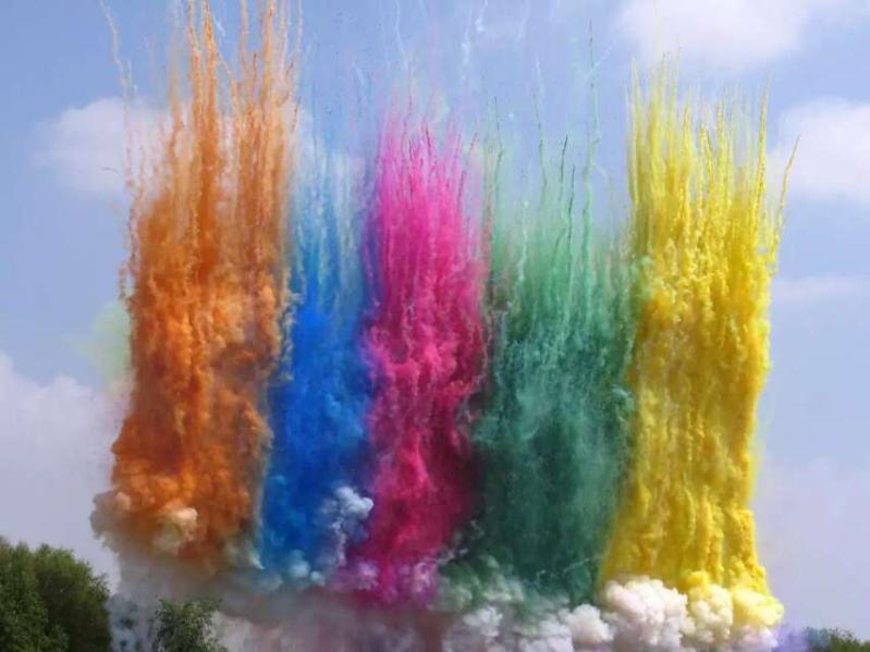 广州专业出售庆典舞台彩烟,电子彩烟,彩色空中烟雾批发销售燃放图片