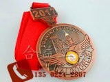 厂家直销周年纪念章、毕业校徽、旅游纪念品
