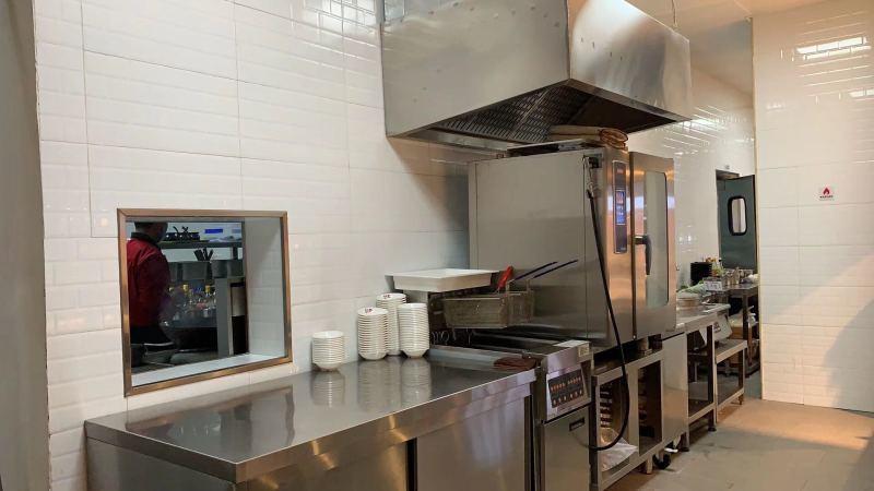 开小吃店需要哪些设备 重庆小面厨房设备 过桥米线店厨房设备