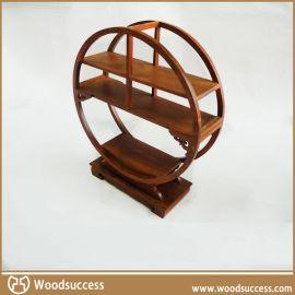 设计新颖的木质储物架