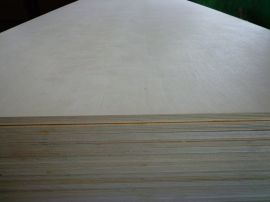 E0桦木杨木贴面胶合板