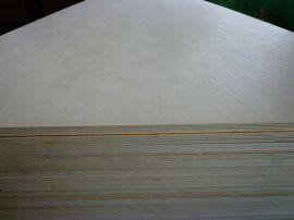 E0樺木楊木貼面膠合板