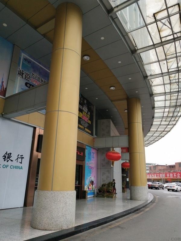 宝安区立柱铝单板 商场圆柱铝单板 广场包柱图片