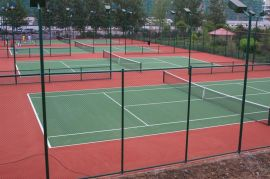 簡單組裝式球場圍欄網,扁鐵固定圍網,鑽尾自攻螺絲安裝體育場圍網