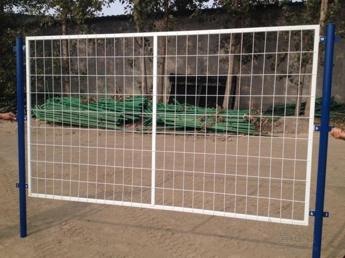 色网55_供应白色网片绿色立柱,内蒙古通用方管边框护栏框架铁丝网隔离栏